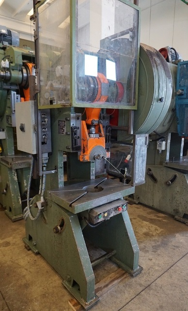 Vendita Di Presse Usato Machines Tools By Bentivoglio
